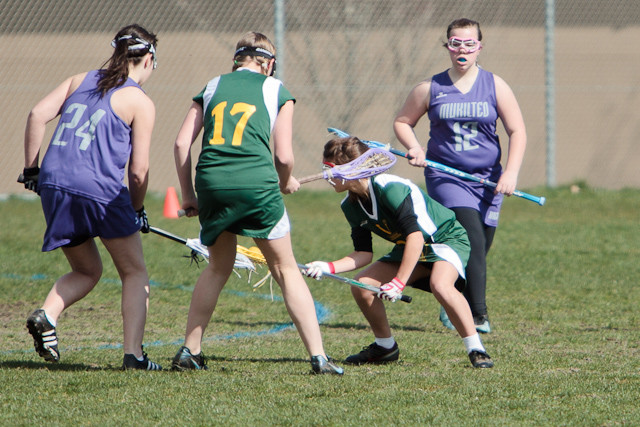19044 7-8 Girls LAX v Mukilteo 031911