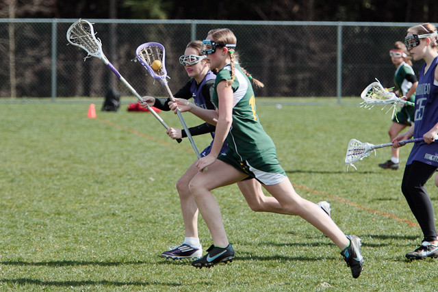 19079_7-8_Girls_LAX_v_Mukilteo_031911