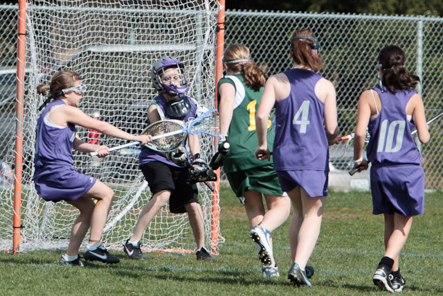 19275 7-8 Girls LAX v Mukilteo 031911