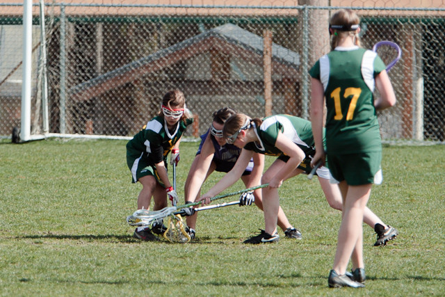 19371_7-8_Girls_LAX_v_Mukilteo_031911